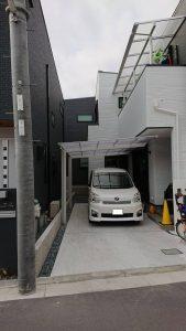 車を守るための屋根設置 カーポート